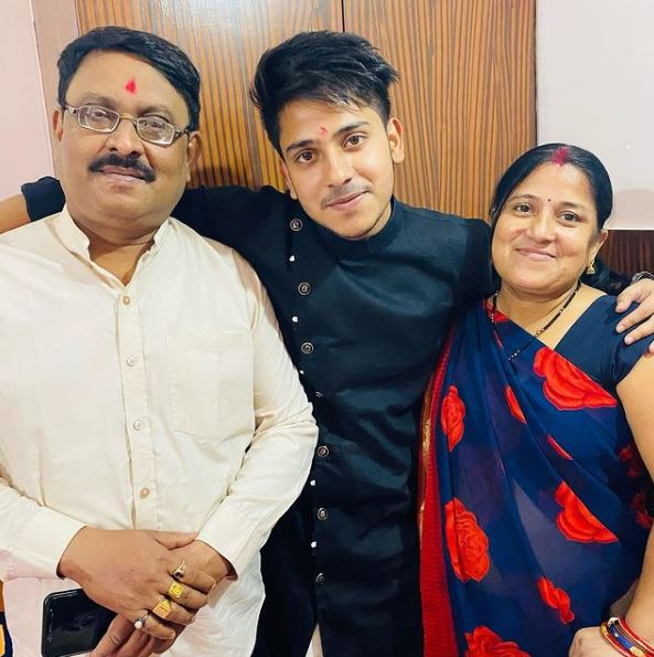 Purav with mother and father