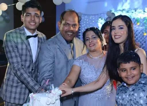 Jonathan Family