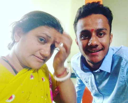 MBA Chai Wala(Prafull Billore) Mother